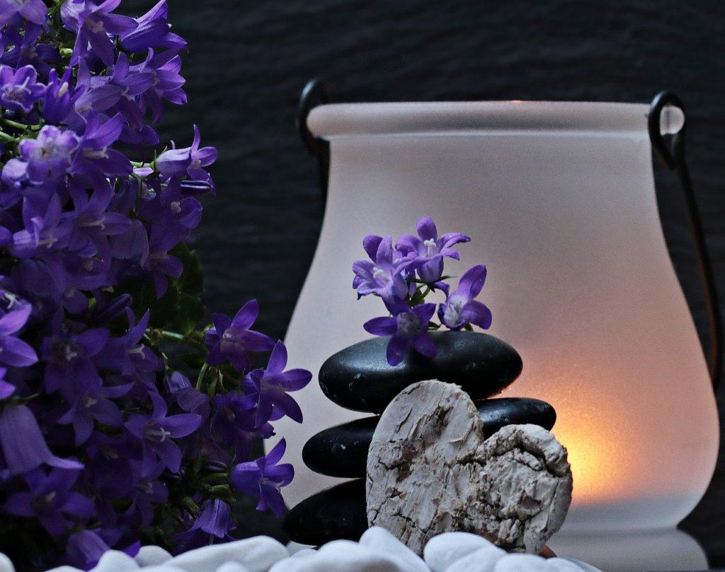 balancing stones zen feeling lamp