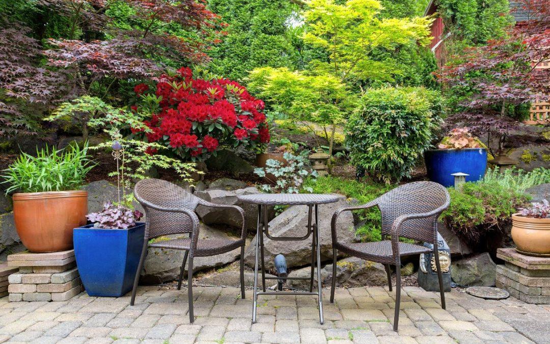 Bistro set garden