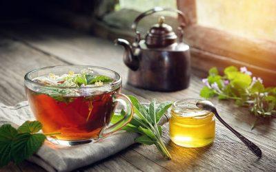 10 Herbal Teas to Relieve Headaches